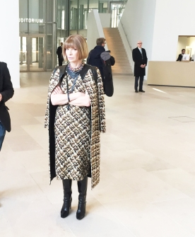 Anna Wintour also watching the Front Rowers arrive